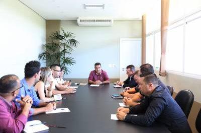 Gersinho Romero e Adriano Sopó se reúnem com vereadores eleitos para discutir as principais demandas da cidade