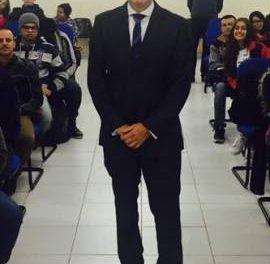Dr. Panelli fala sobre assédio moral com alunos da ETEC