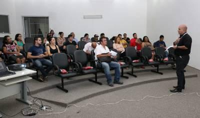 Casa do Empreendedor realizou palestra sobre atendimento ao cliente