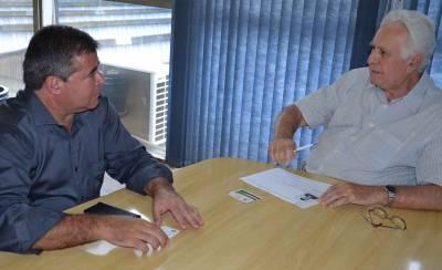 Prefeito Marcelo Cecchettini insiste pela pavimentação da  Estrada dos Porretes e adequação da entrada de Morato