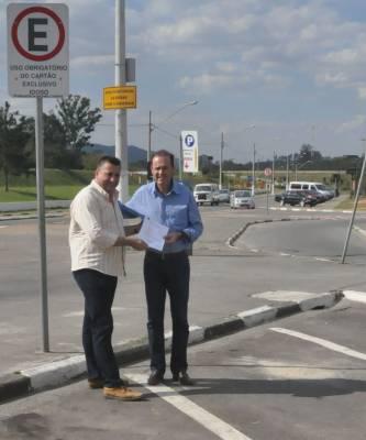Decreto municipal garante isenção de pagamento da Zona Azul a idosos