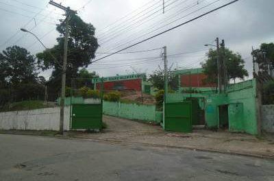 """Dirigente de Ensino confirma: """"Escola Isaura V. Hanser em Vila Rosina, pode fechar todas as salas de Ensino Fundamental II e Médio em 2016"""""""