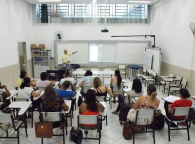 Secretaria de Educação de Caieiras realiza capacitação para os professores