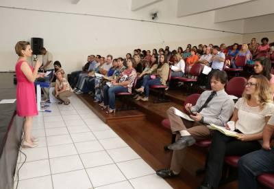 Secretaria de Educação de Caieiras realiza cursos de formação