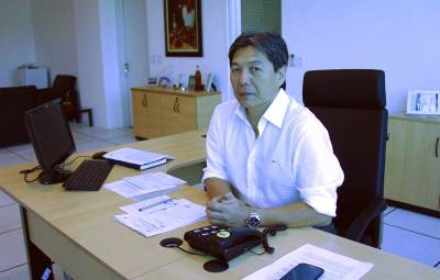 Hamamoto adota medidas de austeridade administrativa