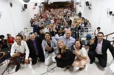 Igreja do Evangelho Quadrangular Caieiras reúne centenas de pessoas no seu 9º aniversário