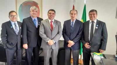 Mais investimentos: Cecchettini vai à Brasília em busca de recursos para Francisco Morato