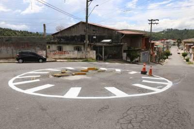 Mais de 400m² de vias de Caieiras receberam sinalização em agosto