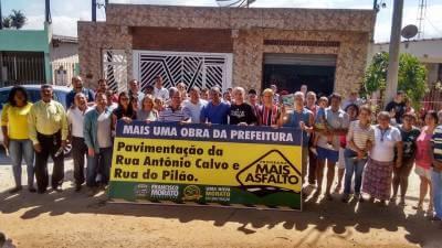 Marcelo Cecchettini anuncia a pavimentação da Rua do Pilão e Rua Antônio Calvo no Jd. Casa Grande