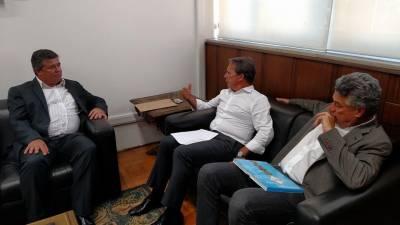 Marcelo Cecchettini participa de reunião com Deputado Celino e Secretário Edson Aparecido sobre as Obras dos Terminais Rodoviários e Estação de Trens