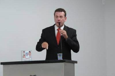 """Dr. Panelli cria Projeto de Lei """"PROGRAMA MAIS LEITE, MAIS ESCOLA"""""""