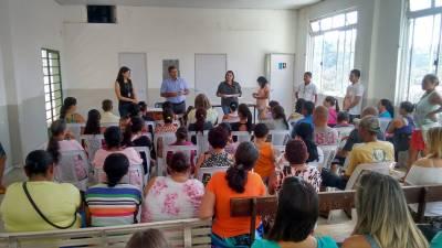 Marcelo Cecchettini participa do cadastramento de 80 famílias no Programa Renda Cidadã; Cerca de 3.500 são beneficiadas na cidade