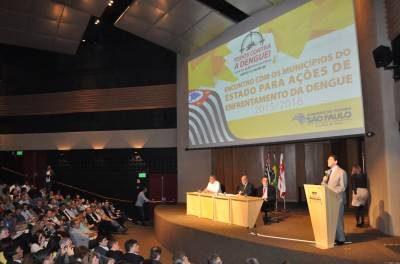 Secretário Estadual de Saúde elogia prefeito Dr. Marcio Pampuri pelo combate da Dengue