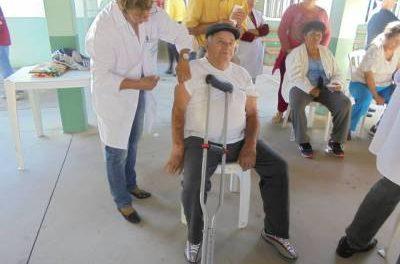Idosos do CCI foram vacinados contra a gripe