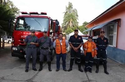 Defesa Civil  de Caieiras e Corpo de Bombeiros trabalhando em conjunto