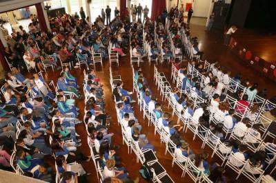 Polícia Militar forma novas turmas em Caieiras por meio do Programa Educacional de Resistência às Drogas (PROERD)
