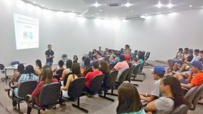 Secretaria do Desenvolvimento Social de Caieiras, Semudec e CIEE realizam palestra para jovens