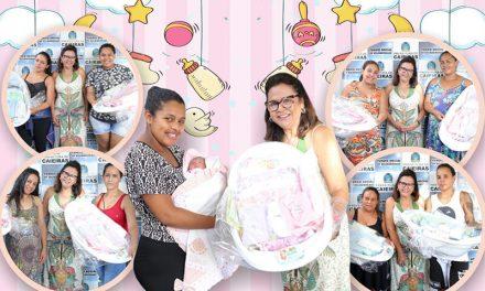"""Projeto """"Mãe Caieirense"""" recebe dezenas de kits de enxovais por meio do Fundo Social de Solidariedade"""