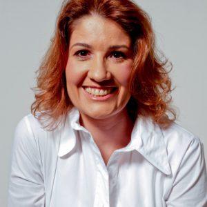 Renata H. Melo