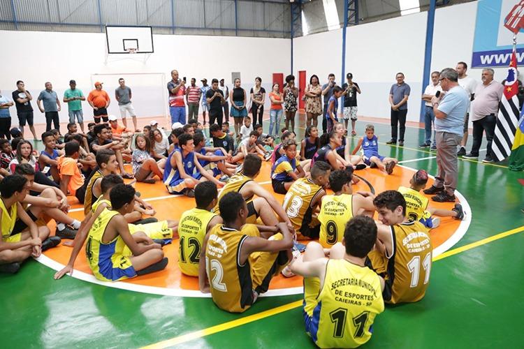 Prefeito Gersinho Romero entrega mais um ginásio de esportes reformado