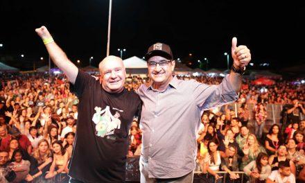 Festa de 61 anos da cidade agita os caieirenses e tem histórico da dupla Fernando e Sorocaba