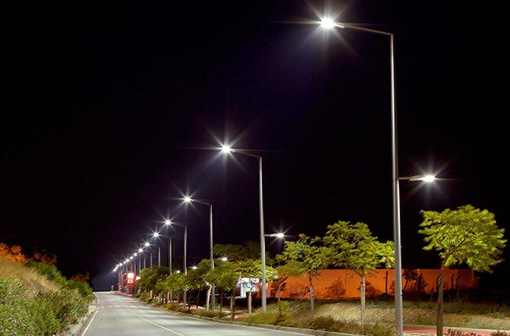 Caieiras Iluminada: Gersinho moderniza sistema de iluminação pública de Caieiras
