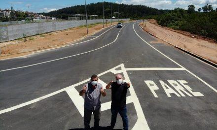 Prefeito Gersinho Romero entrega Avenida que vai desafogar o trânsito na região do Serpa